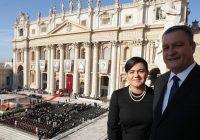 Rui Costa acompanha, no Vaticano, cerimônia de canonização de Irmã Dulce