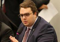 Francischini diz que foi 'apunhalado' pelo governo
