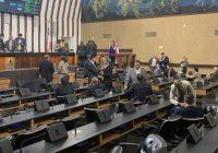 Depois de obstrução, Assembleia aprova prorrogação do Reda e ajustes no ICMS