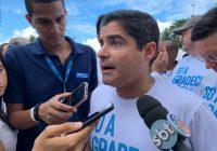 """Neto diz que """"jamais"""" venderia o colégio Odorico Tavares"""