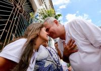Coronel retira pré-candidatura para apoiar esposa: 'Nome dela está mais leve do que o meu'