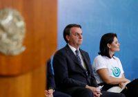 Bolsonaro vai para o Guarujá passar o Carnaval com aliados e filhos