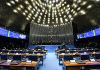 Em derrota para o governo, Senado aprova texto-base de projeto sobre fake news