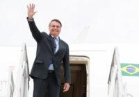 Bolsonaro veta ajuda financeira para profissional de saúde incapacitado por Covid