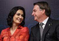 Planalto tenta blindar Bolsonaro de novas revelações sobre primeira-dama